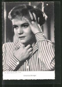 AK Schauspielerin Annemarie Düringer in verzweifelter Pose
