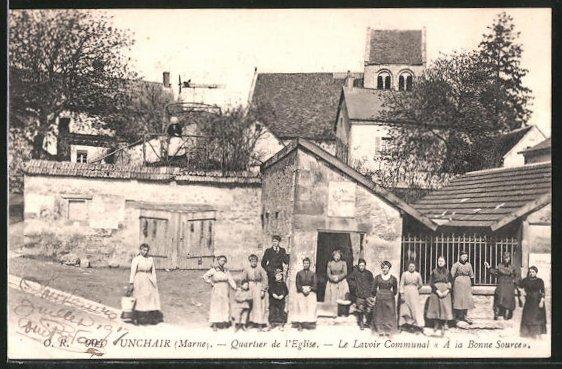 AK Unchair, Quartier de l'eglise, le lavoir communal