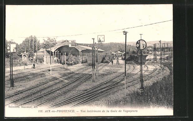 AK Aix-en-Provence, Vue interieure de la Gare de Voyageurs