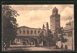 AK Dresden, Internationale Hygiene-Ausstellung 1911, Überquerung der Lennestrasse mit Aussichtsturm