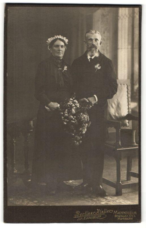 Fotografie E. Kregeloh, Mannheim, Portrait betagtes bürgerliches Paar