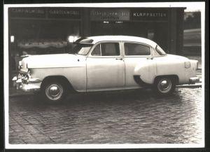 Fotografie Auto, US-Car, Limousine am Strassenrand
