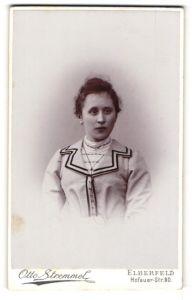 Fotografie Otto Stremmel, Elberfeld, Portrait bürgerliche junge Dame