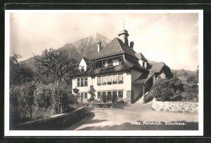 AK Hondrich, Strassenpartie am Schulhaus