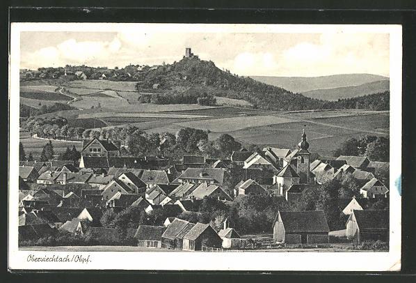 AK Oberviechtach, Blick über die Ortschaft auf die Burgruine