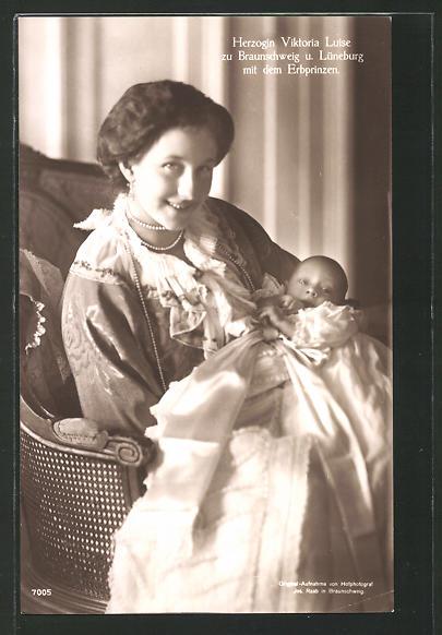 AK Victoria Louise Herzogin von Braunschweig und Lüneburg mit dem Erbprinzen