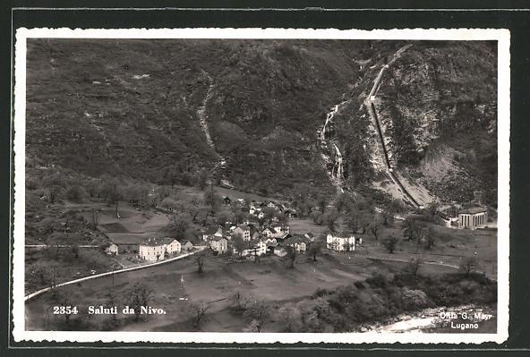 AK Nivo, Ortspanorama vom Berg aus gesehen