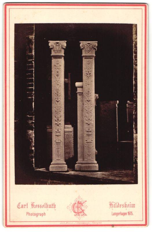 Fotografie Carl Kesselhuth, Hildesheim, Ansicht Hildesheim, Säulen vom Hanse-Monument von Architekt Wilsdorff