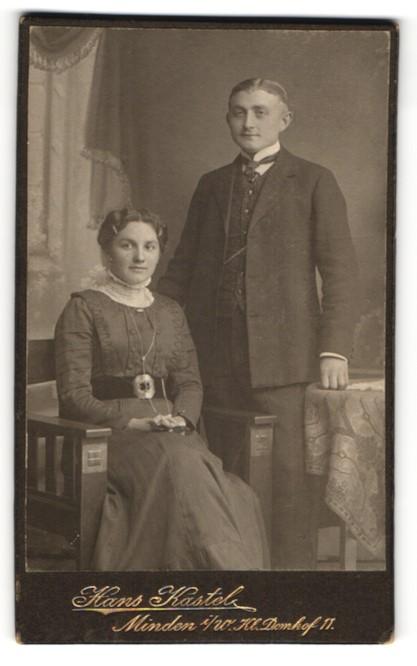 Fotografie Hans Kastel, Minden i/W, Portrait junges bürgerliches Paar