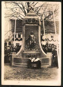 Fotografie Fotograf unbekannt, Ansicht Mansfeld, Festakt am Lutherbrunnen