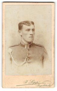 Fotografie J. Lipp, Ingolstadt, Portrait Unteroffizier in Uniform mit Schützenschnur