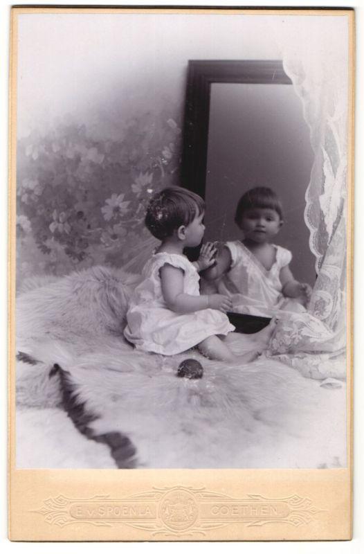 Fotografie E. v. Spoenla, Coethen, Portrait Kind und Spiegelbild