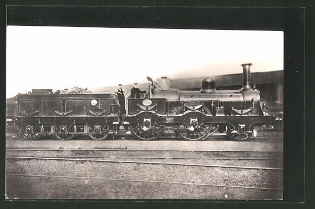 AK alte englische Lokomotive mit Lokführer und Heizer