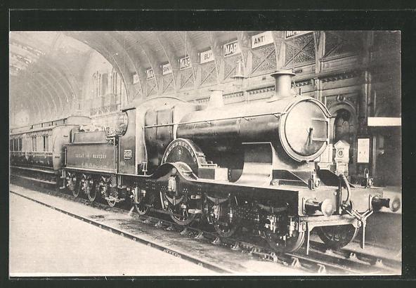AK englische Eisenbahn im Bahnhof Paddington
