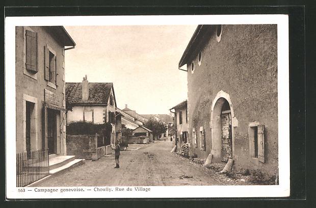 AK Choully, Rue du Village, Strassenpartie im Ort