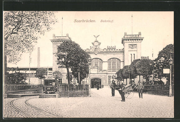 AK Saarbrücken, Strassenbahn hält am Bahnhof
