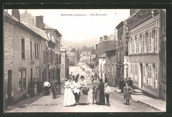 AK Nouzon, Rue Nationale, Strassenpartie im Ortskern