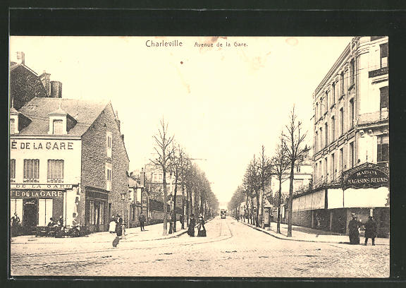 AK Charleville, Avenue de la Gare, Café de la Gare, tramway