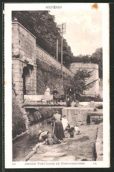 AK Mézières, Ancien Pont-Levins, les laveuses, Waschfrauen