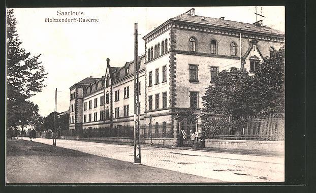 AK Saarlouis, Strassenansicht mit Holtzendorff-Kaserne