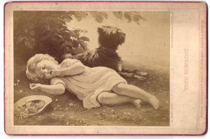 Fotografie Friedr. Bruckmann's Verlag, München, Berlin, London, Gemälde von A. Gräfle, Treu bewacht, Kind und Hund