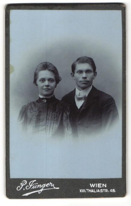 Fotografie P. Jünger, Wien, Portrait bürgerliches Paar
