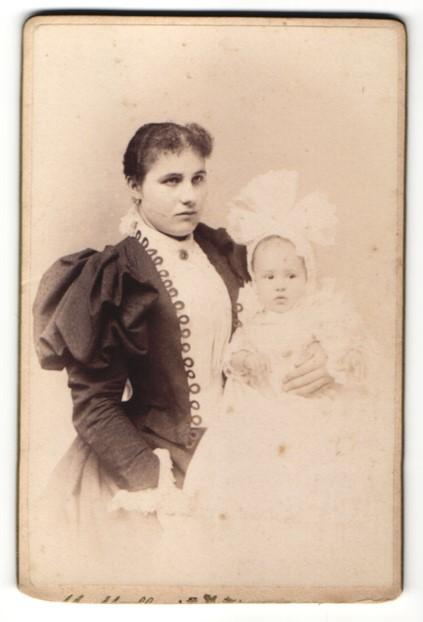 Fotografie Alois Müller, Wien, Portrait Mutter mit Säugling