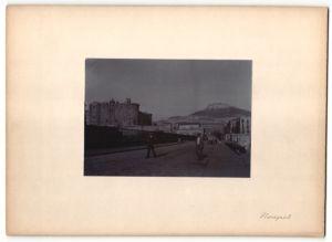 Fotografie Fotograf unbekannt, Ansicht Neapel, Strassenpartie im Ort