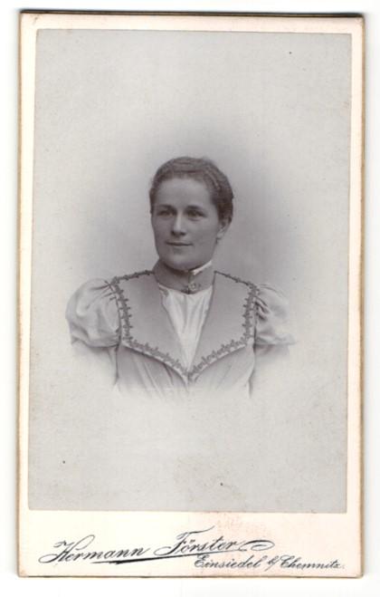 Fotografie Hermann Förster, Einsiedel b/Chemnitz, Portrait bürgerliche junge Frau