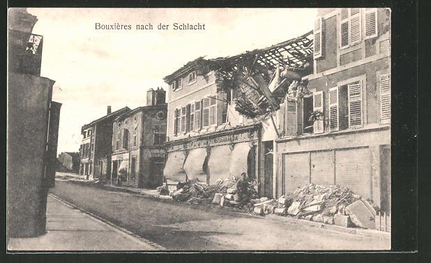 AK Bouxiéres, Strassenansicht nach der Schlacht