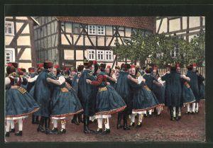 AK Serie: hessische Tracht, hessische Trachtenpaare beim Schwälmer Tanz
