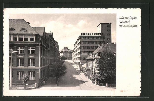 AK Schwenningen, Hindenburgstrasse mit Blick auf die Uhrmacherei Kienzle-Uhren