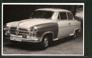 Foto-AK Auto, Limousine der Marke Borgward