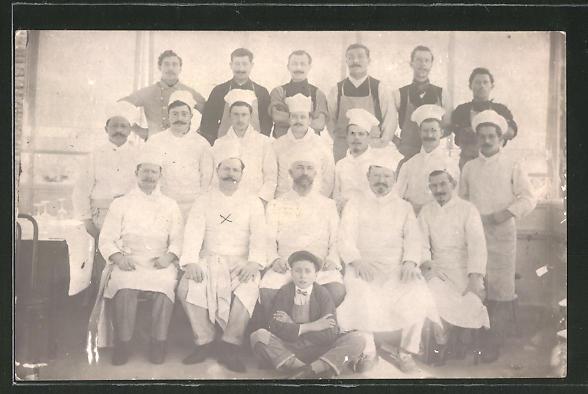 Foto-AK Köche in Arbeitskleidung