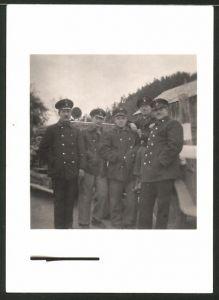 Fotografie Fotograf unbekannt, Ansicht Salzburg, Feuerwehrleute in Uniform