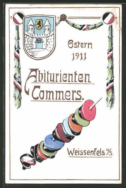 AK Weissenfels, Abiturienten-Commers 1911, Studentenmützen stecken auf einem Schläger, Wappen