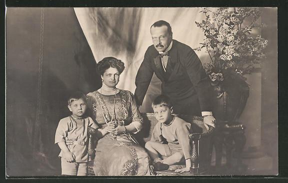 AK Grossherzog Ernst Ludwig von Hessen-Darmstadt mit seiner Familie