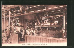 AK Torino, Weinherstellung bei Cinzano, Pigiatura Moscati