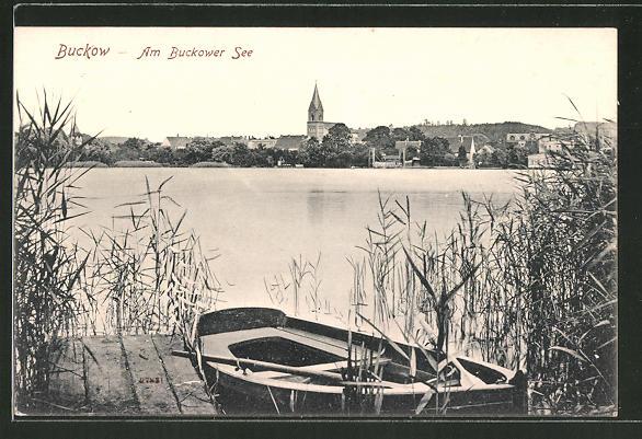 AK Buckow, Ruderboot am Ufer des Buckower Sees