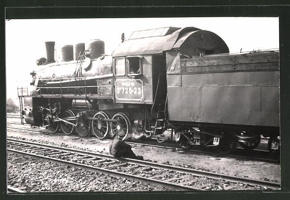Foto-AK russische Eisenbahn, Dampflok, Lokomotive Lok-Nr.: 3H725-23, Tender-Lokomotive in Brest