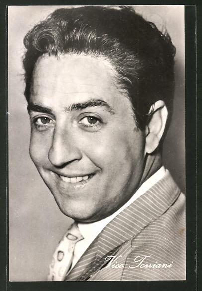 AK Schauspieler Vico Torriani lächelnd