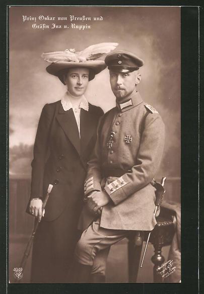 AK Prinz Oskar von Preussen in Uniform und Gräfin Ina von Ruppin