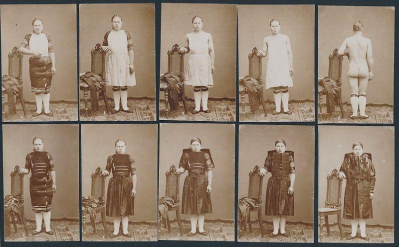 10 Fotografien junge Frau beim entkleiden einer Altenburger Tracht 0