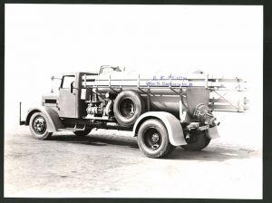 Fotografie Fotograf unbekannt, Ansicht Wien, Lastwagen Magirus, Tankwagen mit LKW-Aufbau der Firma E. F. Teich