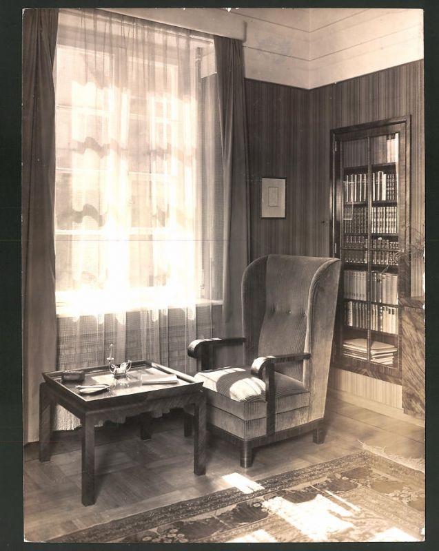 Fotografie Art Deco Einrichtung, Deutsche Werkstätten AG, Entwurf Karl  Bertsch, Sessel im Wohnzimmer