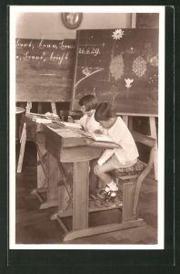 AK Prinz Heinrich und Prinzessin Irmgard in der Schule, die Kinder von Kronprinz Rupprecht von Bayern
