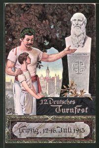 Künstler-AK Arthur Thiele: Leipzig, 12. Deutsches Turnfest 1913, Sein Vorbild, Knabe am Denkmal von Jahn