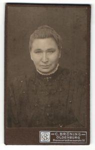 Fotografie C. Brüning, Oldenburg, Portrait bürgerliche ältere Dame