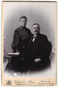 Fotografie Wilhelm Stein, Berlin, Portrait bürgerliches Paar 0