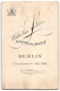 Fotografie Wilhelm Stein, Berlin, Portrait bürgerliches Paar 1
